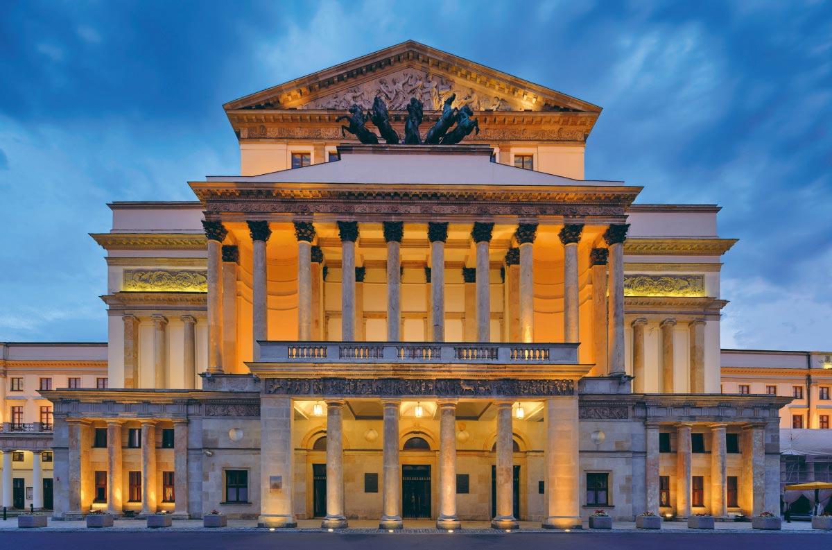 Małachowski Square - Teatr Wielki